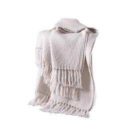 Простые одеяла онлайн-Кистями бросить равнину трикотажные теплое одеяло тиснением бахромой декоративное Одеяло для осени и зимы