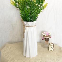 2020 jarrones de plastico para decoraciones 1pc Origami florero plástico de imitación blanca de cerámica Tiesto cesta de la flor del florero Decoración del hogar nórdicos Decoración jarrones de plastico para decoraciones baratos