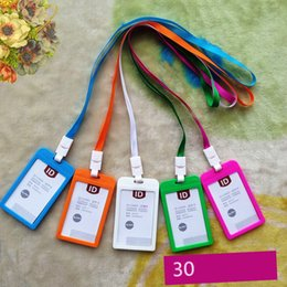 plastikhalter für kreditkarte Rabatt 10 Farbe Name Kreditkarteninhaber Frauen Männer Kunststoff Bank Card Neck Strap Card Bus ID Inhaber Bonbonfarben Identity Badge mit Lanyard