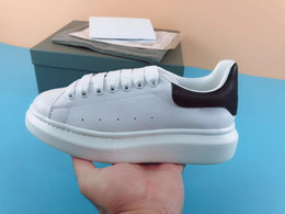 Chaussures de dressage pour garçon en Ligne-Nouveau designer de mode chaussures en cuir véritable Designer Sneaker marque de luxe chaussures de loisirs femme homme dame garçon fille chaussure meilleure robe chaussure chaussure de randonnée