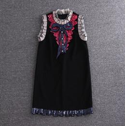 Argentina Vestido bordado de calidad Diseñador de la marca Vestido de encaje blanco y negro con bordado Verano Elegante Lujo Arco Vestidos de lentejuelas cheap embroidery dresses Suministro