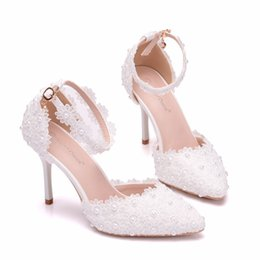 f0324230ab Luxury Designer Pointed Toe Bridal Wedding Shoes High Heels 9cm White Lace  Pearl Ankle Straps White Evening Prom Party Women Pumps F52101