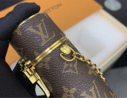 Code-sperrbox online-Die neueste Art Design-kosmetischer Fall-Schlüsselring Leinwand Material Gold-Code Gepäck Funktion sperrt Lippenstift Box allein sein kann Getragen