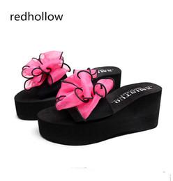 Flip-flip rosa da plataforma on-line-Bowtie Mulher Praia Chinelos Sandálias de Verão Cunhas Chinelos Slip-Resistentes Plataforma Sandálias Das Mulheres Sapatos De Salto Alto Conforto