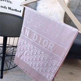 Cachecol de luxo por Mulheres verão cachecóis Logo completa Enrole com Tag 180x70Cm Xailes Cashmere Lã Luxo Designer Scarf Shawl Echarpe de