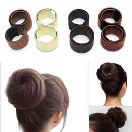 Bastoncini di capelli torsioni online-200pcs Fashion Girl francese fermaglio per capelli DIY strumenti per lo styling dei capelli Donut Ex schiuma francese Twist Magic Bun Maker