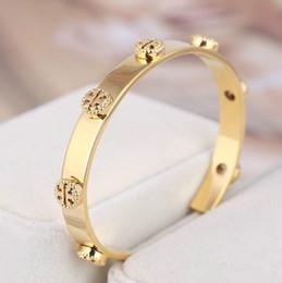 Wholesale Top qualité marque et matériel en laiton amour punk ouvert creux bracelets largeur cm Design Cuff Bracelet Cufflink Envoyer femmes et cadeau mère