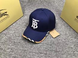 Hut modelle online-B002, 2019 Hüte, Mützen, Baseballkappen, Sonnenhüte und Farbdrucke einstellbar. Paar Modelle. Brief drucken.