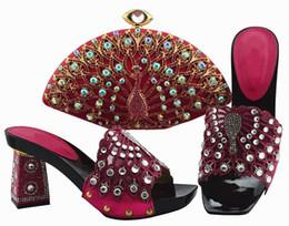 b robes sac à main Promotion Belles pompes fuchsia pour femmes et sac avec une grande décoration de cristal chaussures africaines correspondent sac à main pour la robe QSL004