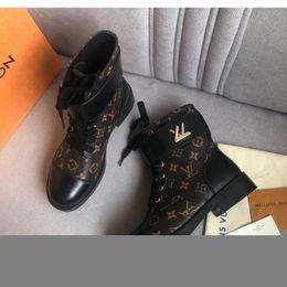 Argentina NEW7 damas cuero de la marca botas casuales de las mujeres plataforma de la manera s botines botas de damas de la motocicleta al aire libre caja de embalaje original Suministro