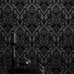 2019 пластиковые мозаичные плитки Горячие продажи высокого класса Классический Mystery Black Velvet Flocking Дамасской Обои Textile Wallcovering для украшения дома