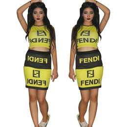 Kadın Elbise Suits Fen FF Mektuplar Bitkileri Etekler Kadın Vestidoes Elbise Sarı Siyah Setleri supplier black women skirt suits nereden siyah bayan etek takımları tedarikçiler