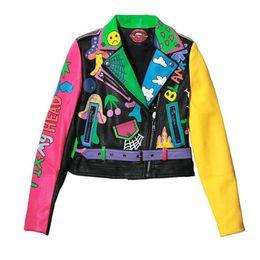 Короткий рукав кожа мотоцикл жакет онлайн-Красочная радуга куртка женщин новая мода принт желтый рукав улица короткая кожаная куртка молния пальто мотоцикла