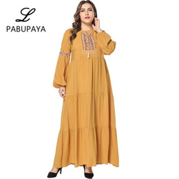 5dcf46a8013 Middle Eastern Muslims Simple Embroidered Cotton Long Swing Dress Arab  Costume Hui Casual Large Size Skirt Womens Loose Robe Cocktail Gown