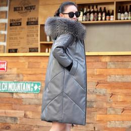 2019 pelle di procione Plus Size Reale collo di pelliccia di procione donne piumino cappotto in vera pelle femminile inverno cappotto caldo cappotto femminile Outwear G762 sconti pelle di procione
