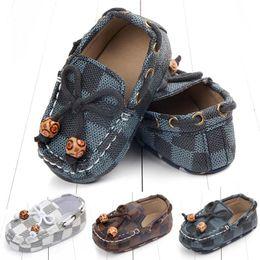 a2de6b2b12c Distribuidores de descuento Zapatos Del Bebé De La Manera