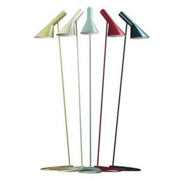 candeeiros de pé Desconto De alta qualidade Luz Decorativa Design AJ Floor Lamp Padrão Light E27 LED De Poupança De Energia de Metal Piso Luz para Sala de estar