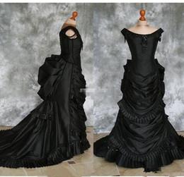 Echte kostüme online-Echt Bild Schwarz Gothic Brautkleider Schulterfrei Rüschen Kristalle Taft Kapelle Zug Kostüm Spitze viktorianischen Quinceanera Custom Made