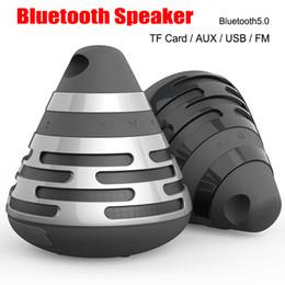 2019 pilule légère haut-parleur bluetooth Nouvelle Pyramid Cone Gift Haut-parleurs Bluetooth Sans Fil BS06 Portable Stéréo Son Subwoofer BS-06 Carte USB / TF Radio FM Lecteur MP3 mains libres