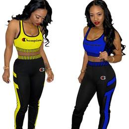 Pantalone donna ricamo online-Campione donne tuta Lettera ricamo Bretelle Crop canotte Pantaloni 2pcs Set Donne Sportswear Vest Pantaloni Jogger vestiti A42906