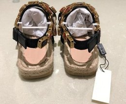 2019 Nouvelles sandales Flashtrek Sneaker avec crampons, Sandales d'été à enfiler avec cordon en cuir métallisé pour femmes ? partir de fabricateur
