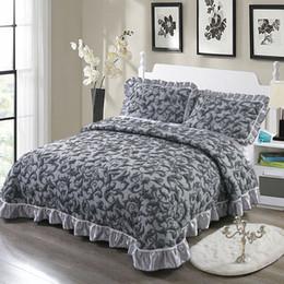 Cobertor de rainha grosso on-line-Grosso Colcha acolchoada Rei Queen size Cama espalhada Conjunto de capa de cama Colchão topper Cobertor Fronha couvre lit colcha de cama