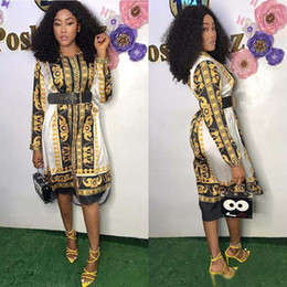 Diseñador de ropa de mujer Nuevo estilo clásico para mujer africana vestido de la vendimia Dashiki moda impreso solapa cuello camisa de manga larga vestidos desde fabricantes