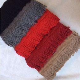 Moda ücretsiz kargo kadın ve erkek kışlık yün ve kaşmir uzun eşarplar yumuşak püsküller basit, sıcak eşarplar maliyeti nereden