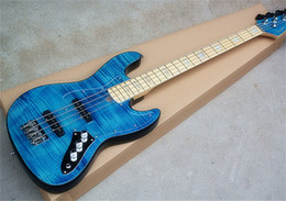 cordas azuis de baixo Desconto Guitarra Baixo Elétrica Azul com Pickguard Transparente, 4 Cordas, Chapa de Bordo Flamejante, Hardwares em Cromo, oferecendo serviços personalizados.