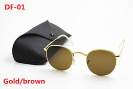 2019 óculos de sol de lentes roxas New hot 1 pcs alta guality moda marca designer homens e mulheres rodada óculos de sol armação de metal hd lente de vidro uv400 proteção caixa preta
