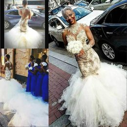 Vestidos nude glamorous on-line-Grânulos glamourosos camadas africano plus size vestidos de noiva sereia capela trem ilusão gola alta lace árabe vestido de noiva noiva