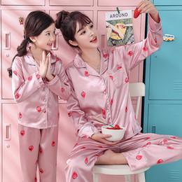 Printemps Automne Costume De Pyjama Pour Mère Enfants Famille Assortir Des Tenues Mère Et Fille Fils Vêtements Pour Femmes Vêtements Enfant Maman Tenues Y19051103 ? partir de fabricateur