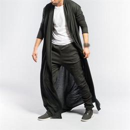 homens de capa preta Desconto Masculino Manto Coats Elegante Casual Trench Coat Autumn Men Punk Rock Trench casaco longo casaco Men Preto vintage Overcoat Cardigan