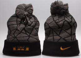 Crânio Womens luxo inverno Gorro Marca Beanie Com Letras Mens Caps Fashion Designers Bonnet Quente Gorro Hot Sale Wool Knit Hat Inverno de