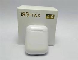 Самое лучшее качество I9S TWS 5,0 наушники наушники с выскочит окно стерео наушники для IOS Android телефона беспроводного Bluetooth наушников от Поставщики станция bluetooth для iphone