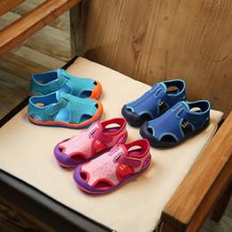 2019 enfants sandales d'été garçons Summer new kid Sandales fonctionnelles Sandales pour enfants, pieds nus Mode chaussures antidérapantes pour garçons à fond mou chaussures légères et confortables promotion enfants sandales d'été garçons