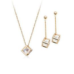Bakır Malzeme Kakma Zirkon Takı Kolye Küpe Set Moda Inci Takı Setleri! Yeni Varış 18 k Altın Kaplama İnci takı Seti 160192 cheap fashion pearl jewelry sets new arrival nereden moda inci takı setleri yeni varış tedarikçiler