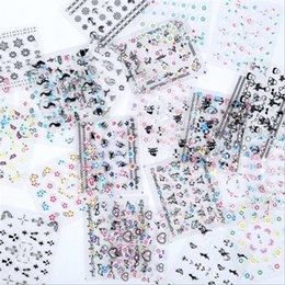 pezzi di arte del chiodo 3d Sconti Adesivo per manicure 3D Applique per unghie Set 50 pezzi Mix di colori bianco e nero per adesivi per filigrane Art Decor per unghie