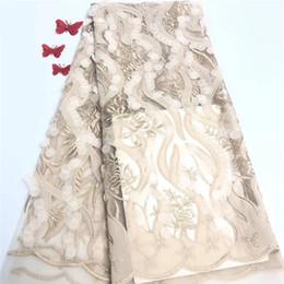 2020 multicolore tessuto di sequin 2019 paillettes africani del merletto di Tulle Hot nuovo per guipure multi colore tessuto africano del merletto cavo sequenza per abiti da sposa nigeriani multicolore tessuto di sequin economici