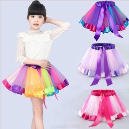 Vestidos de baile de linea online-Niñas Rainbow Tutu Falda Tulle Dance Ballet Vestido Toddler Rainbow Bow Mini Pettiskirt Partido Dance Tulle Faldas vestido LJJK1524