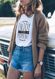 moda urbana Desconto Mulheres Instagram Moda Camiseta Wanderlust Tops Aproveite O Momento T-Shirt Felicidade T-Shirt Outfit Unisex Tshirt Estilo Urbano