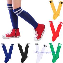 Canada 2018 Enfants Sport Football Chaussures longues au-dessus du genou pour garçons et filles Chaussettes de hockey de baseball Chaussettes pour enfants Offre