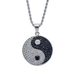Ciondolo in acciaio inox chi online-Hip Hop Tai Chi diamanti collane ciondolo per le donne degli uomini di lusso cinese Tai Ji ciondoli in acciaio inox Yin e Yang simboli collana regali