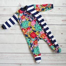 INS Infant Baby Boys Girls Tute Autumn Stripes Stampa floreale Patchwork Bottoni a costine Pagliaccetti Set di abbigliamento per bambini in cotone velluto supplier velvet jumpsuits da tute di velluto fornitori