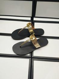 scarpe di pantofole d'argento Sconti (con scatola) Sandalo infradito in pelle da donna Pantofole Desinger di lusso Moda sottile infradito nero Marca Scarpe Nero Bianco Marrone Rosso Beige Argento