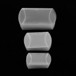 klare pvc-kisten für süßigkeiten Rabatt 50 Teile / los Stil Kissenform Süße Pralinenschachtel Verpackung Geschenkbox Plätzchenbeutel für Hochzeitsfestbevorzugungsdekor Matte Klar PVC
