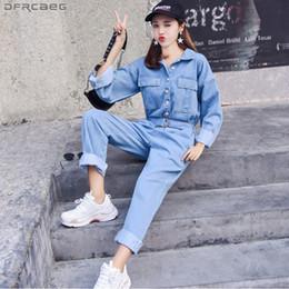 2019 estilos de macacão de perna larga Moda Estilo Streetwear Macacão Jeans Mulheres 2018 Outono Manga Longa Bodysuit Jeans de Cintura Alta Bodycon Romper Ampla Perna Macacão MX190726 desconto estilos de macacão de perna larga