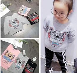 Canada Vêtements pour enfants Bébé Pulls 2019 Automne Nouvelle Mode Enfants Coton Pulls de Laine Exquis Tête de Tigre Broderie Pour Enfants Vestes supplier embroidery for baby Offre