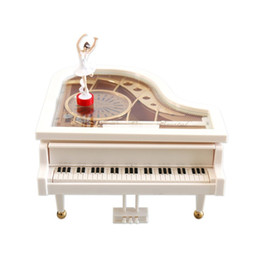 Canada Nouveau cadeau de haute qualité mécanique classique ballerine danse fille dansant sur la boîte à musique piano S, L pour le cadeau de la Saint-Valentin Offre