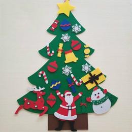 Natal, brinquedo, ornamentos, miúdos on-line-DIY Felt Handwork da árvore de Natal Kids Brinquedos presente Artificial da parede da árvore de Natal Ornamento de suspensão inicial de Natal Decoração de Natal presente AN2903
